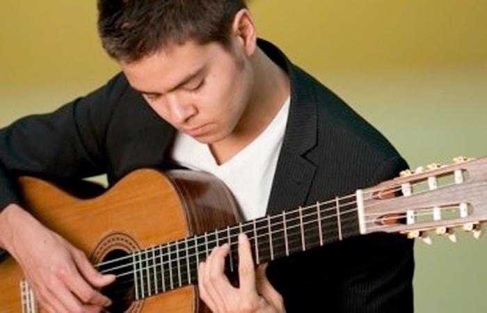 Hãy chuẩn bị một khoản tiền khi bắt đầu học đàn guitar