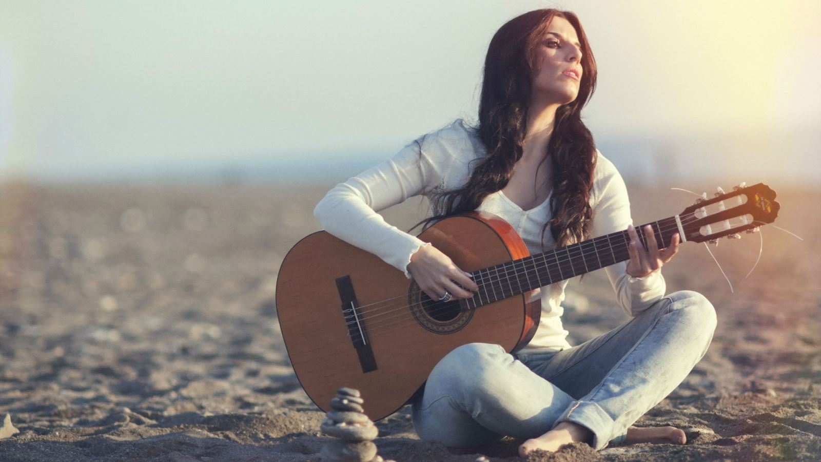 Làm thế nào để học đàn guitar nhanh thành công?